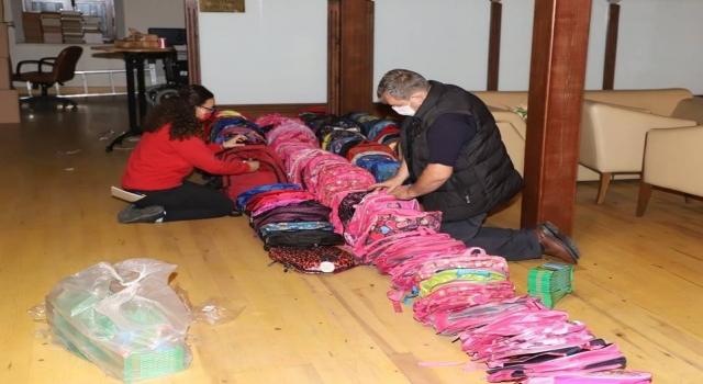 Gelibolu Belediyesinden ihtiyaç sahibi öğrencilere destek