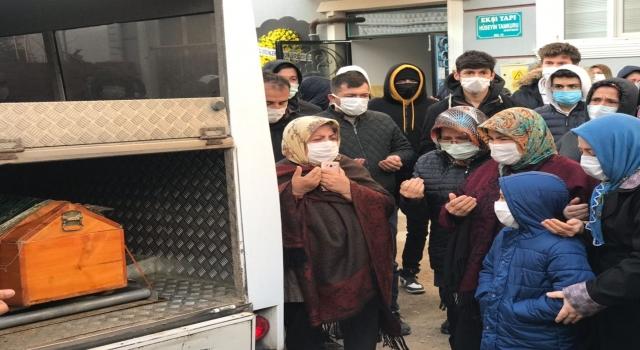 Edirne'de boşanma aşamasındaki eşinin silahla vurarak öldürdüğü kadının cenazesi defnedildi