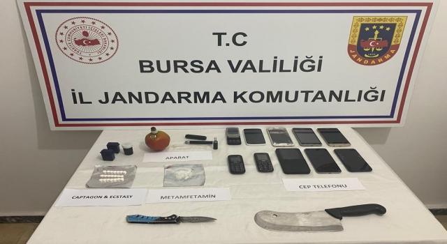 Bursa'da durdurulan otomobilde uyuşturucu ele geçirildi