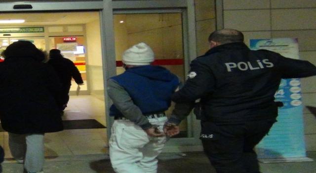 Bursa'da kısıtlamaya uymayan ve polislere saldıran iki kardeş gözaltına alındı