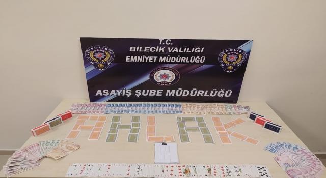 Bilecik'te kumar oynayan ve Kovid19 tedbirlerini ihlal eden 7 kişiye para cezası yazıldı