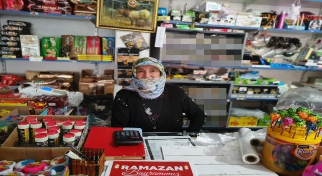 """Kocaeli'de """"tırnakçılık"""" yöntemiyle hırsızlık yapan 2 kadın, market sahibinin dikkatiyle yakalandı"""