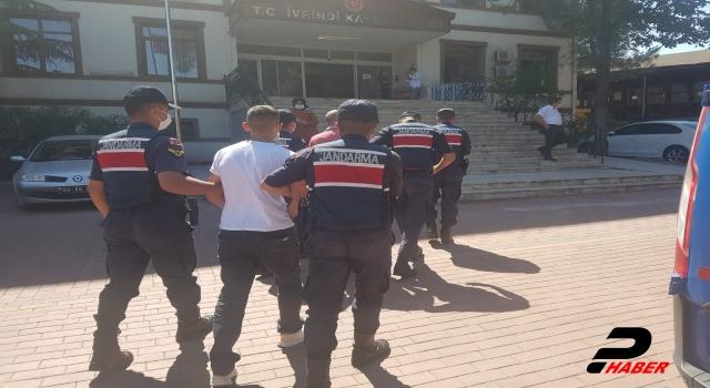 Telefon dolandırıcıları jandarmanın takibiyle suçüstü yakalandı