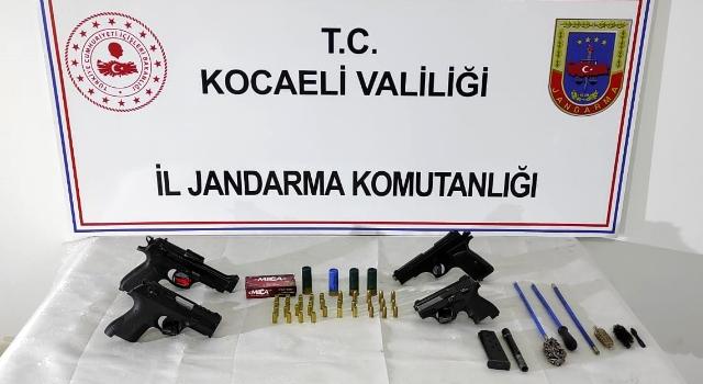 Kocaeli'de otomobil kurşunlanmasına ilişkin 2 kişi yakalandı