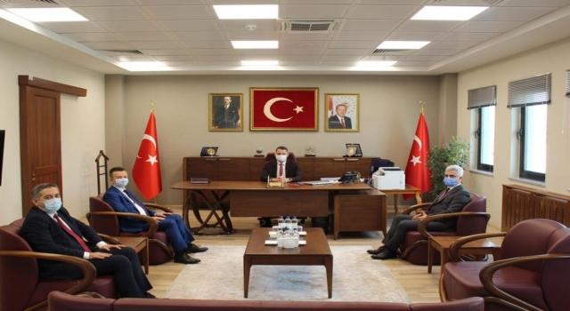 İstanbul Havalimanı Mülki İdare Amiri Haktankaçmaz yeni atanan gümrük müdürlerini kabul etti