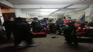 Kocaeli'de 46 düzensiz göçmen saklandıkları atölyede yakalandı