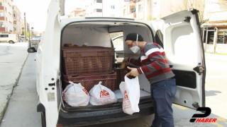 Tekirdağ'da fırıncılar sokak sokak ekmek dağıtıyor