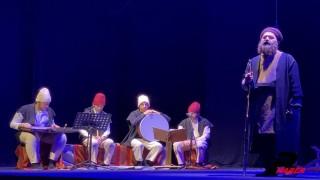 """""""Gel Gör Beni Aşk Neyledi"""" oyunu ilk kez Esenler'de sahnelendi"""
