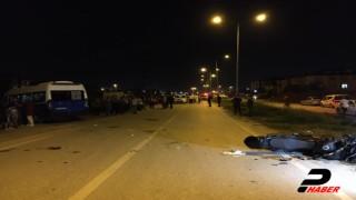Minibüsle çarpışan motosikletteki 2 Yunus polisi yaralandı