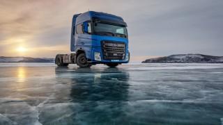 Ford Trucks FMAX, donmuş Baykal Gölü üstünde hız rekoru kırdı