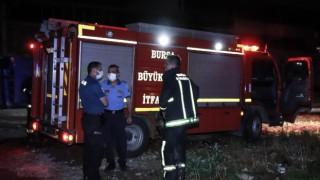 GÜNCELLEME Bursa'da araziye bırakılan kimyasal maddenin alev alması sonucu çıkan yangın söndürüldü
